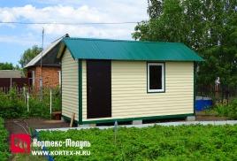 Изготовлен дачный домик 5х2,4м